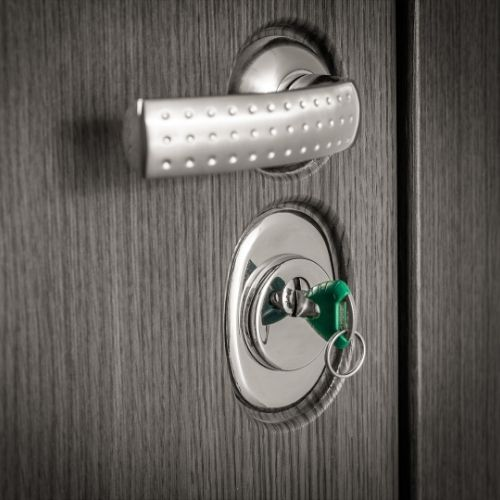 Serrurier Lyon - installation de porte blindée